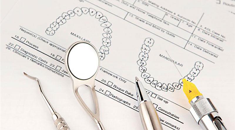 牙周病治療費用,健保給付跟自費有何差別?